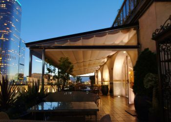 Retractable Roof Canopy